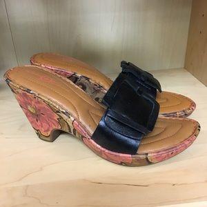 Born Concepts sandal